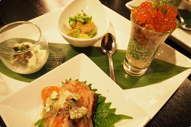 ▲ 色鮮やかなお料理。右におわすがラーメンサラダ!