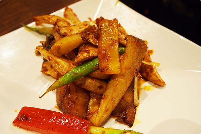 マコモ茸と季節野菜の海南醤炒め。