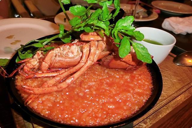 名物『贅沢なオマール海老のトマトパエリア』