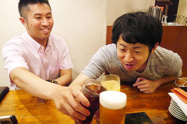 カンパーイ!!!えっ?生ビール私だけ?(笑)こんぞ~の横にいるのがマメ!!!