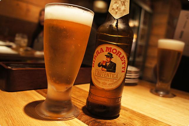 喉が渇いたところでビールで乾杯!