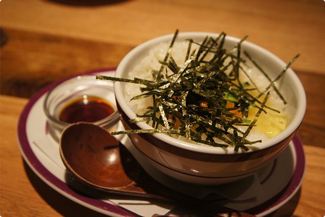 それがこれ!『玉子かけバタートリュフ風味飯』¥450