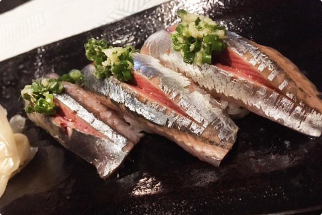 その日のオススメを提供する『職人の握り 熟成寿司』