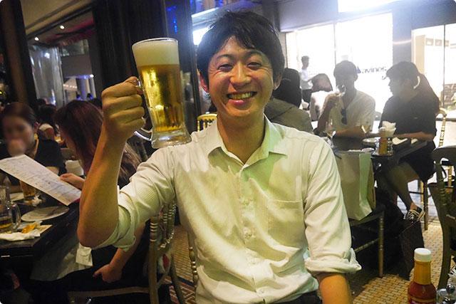 見て下さい。ビールが待ち遠しかったと言わんばかりのこの表情(笑)