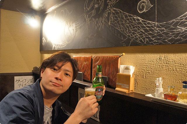 乾杯は青島ビールです。