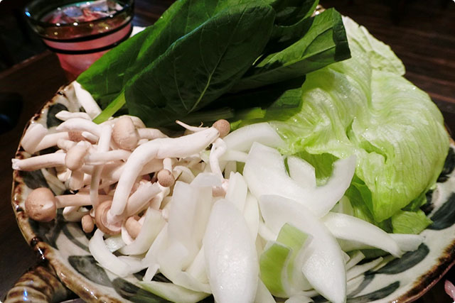 レタス、小松菜、しめじ、玉ねぎ