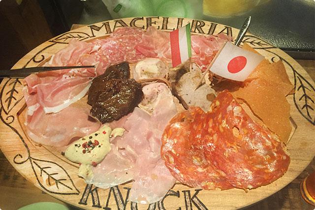 肉屋のいろいろ・モリモリ盛り合わせ『イタリアン・シャルキュトリ』