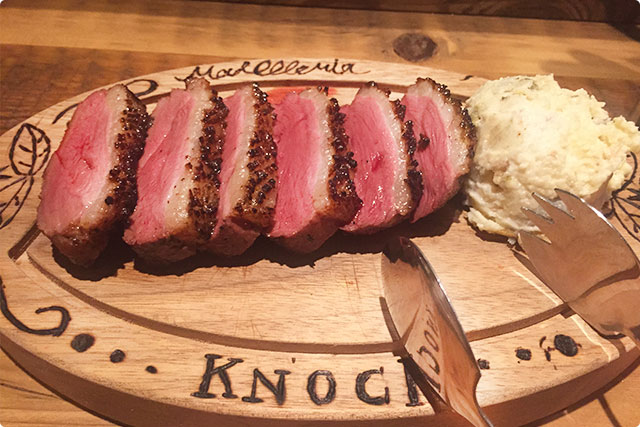 お肉もガッツリ食べたいねということで、鴨ロースをチョイス!