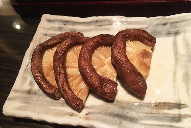 『肉厚椎茸バター醤油焼き』