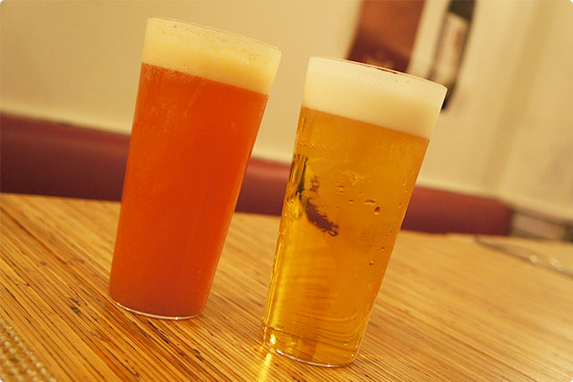 Our first drink was 『Bloody orange beer』&『Lime beer』