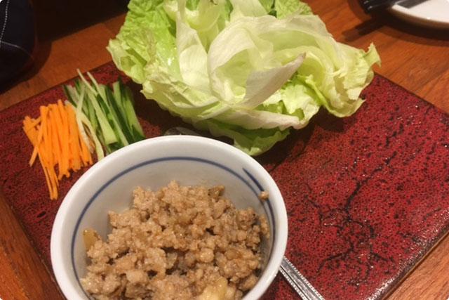 当日のおすすめメニューから『エビと豚ひき肉の野菜つつみ』
