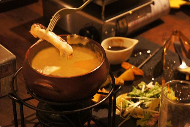 ハラミステーキをチーズのプールにダイブ!チーズたっぷりでとろ~り♪