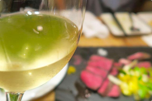 ボノセコンド 『白ワインと熟成肉』