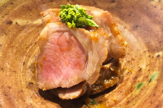 古川おもてなし 『白金豚肩ロース肉のウスターソース煮』